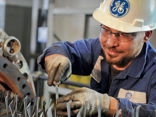 GE abre processo seletivo em  fábrica de pás eólicas para profissionais sem experiência no Programa Jovem Aprendiz