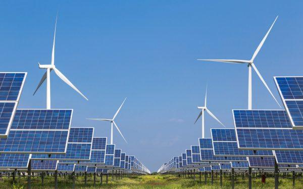 Energia renovável dobrou  capacidade de instalação no Brasil em 2020